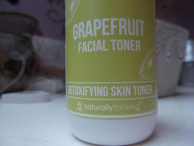 naturally thinking Detoxikačné tonikum s grapefruitom