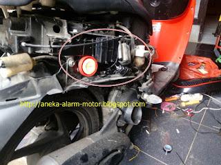 Cara pasang alarm motor pada Honda Scoopy Fi