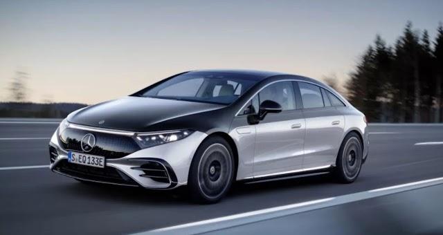 La tecnología de los carros eléctricos recibe un impulso enorme con el nuevo Mercedes-Benz EQS