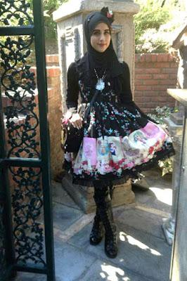 7 Cewek Hijab Pakai Dress Lolitaer drawer 7 Cewek Hijab Pakai Dress Lolita up games