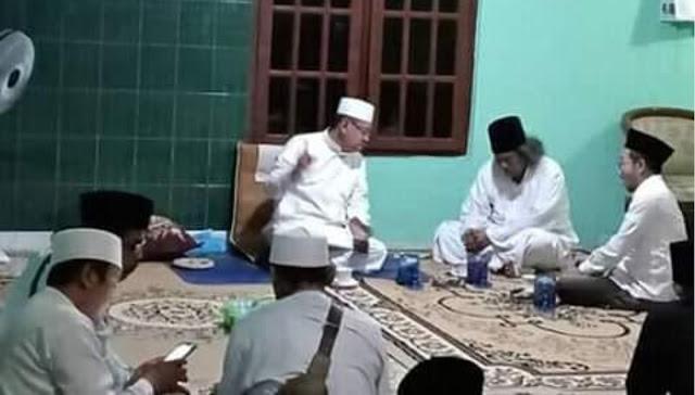 Dawuh KH. Ubaidillah Faqih Langitan ke Gus Muwafiq