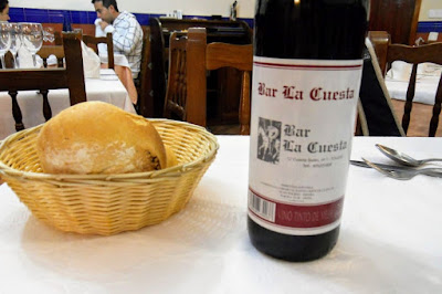 Madrid to Toledo Day Trip: bread and wine included in our Menu del Dia