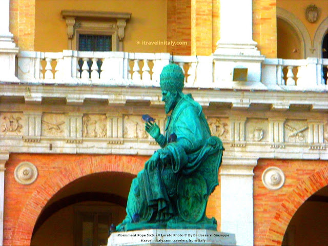 Monument Pope Sixtus V Loreto Photo © By Baldassarri Giuseppe itravelinitaly.com travelers from Italy