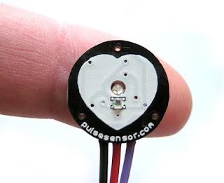 Menggunakan pulse sensor arduino