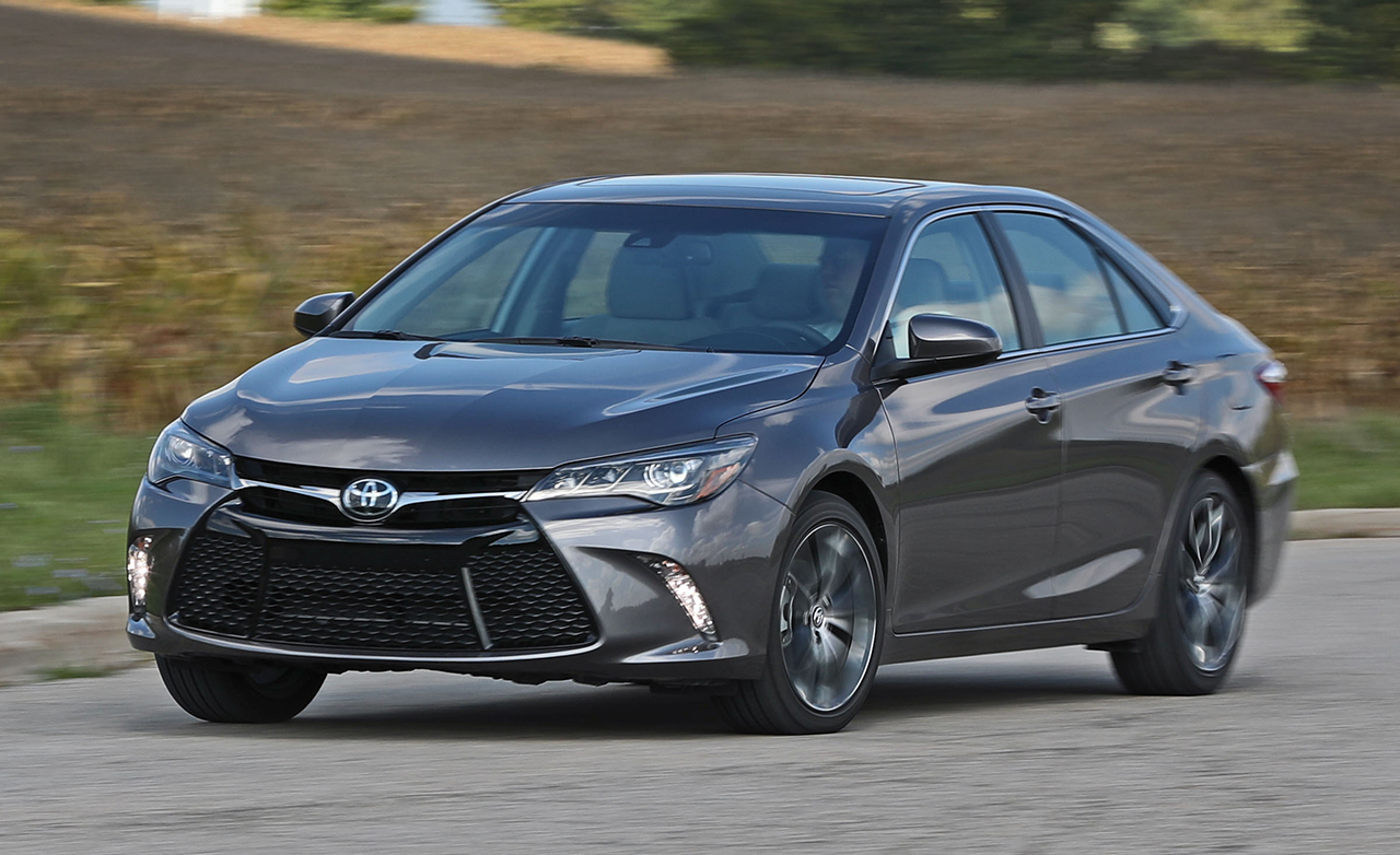 2017 toyota camry review xse v 6 cars toyota review. Black Bedroom Furniture Sets. Home Design Ideas