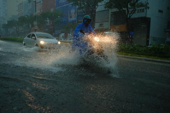 Bí thư Đà Nẵng đề nghị cấm đường trong thời gian bão số 9 đổ bộ