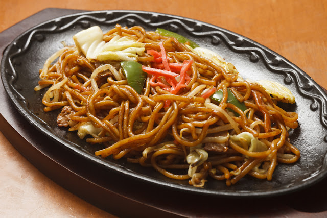 yakisoba japan noodle