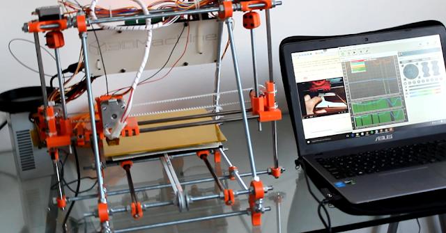 Estudantes brasileiros criam impressora 3D que constrói casas de até 50m²