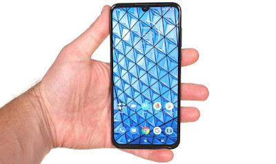 مواصفات و مميزات موتورولا Motorola One Zoom مواصفات جوال موتورولا ون زوم - Motorola One Zoom Motorola One Pro   الهــواتف الذكيـــة