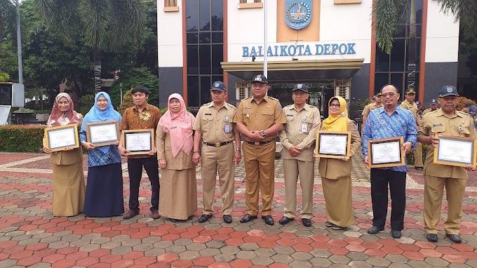 Enam Sekolah Binaan DLHK Dapat Penghargaan Adiwiyata Nasional