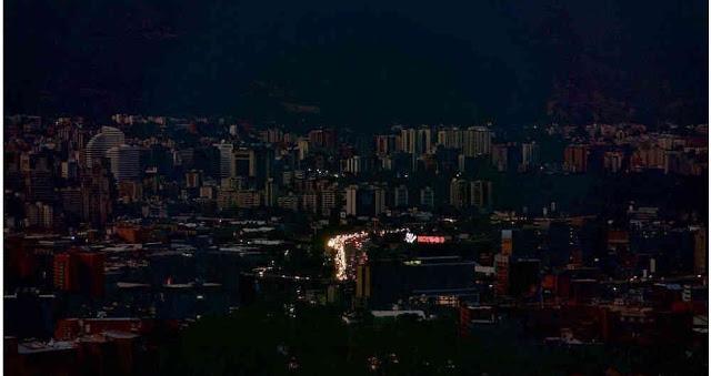 VENEZUELA: Situación atmosférica produjo apagón este viernes afectando a 12 estados