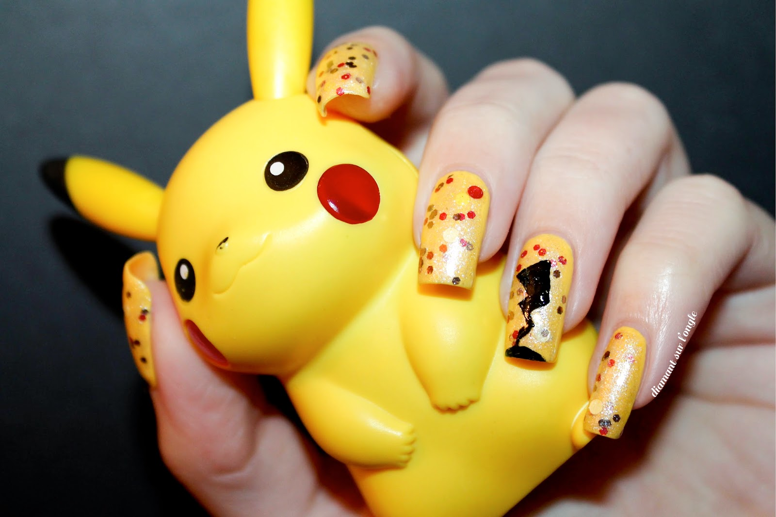 Pikachu Pokemon Nail Art