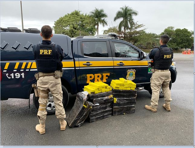 PRF apreende carga de Maconha em Registro-SP