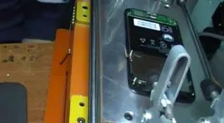 Cara Mengganti LCD dan Touchscreen pada Smartphone Android