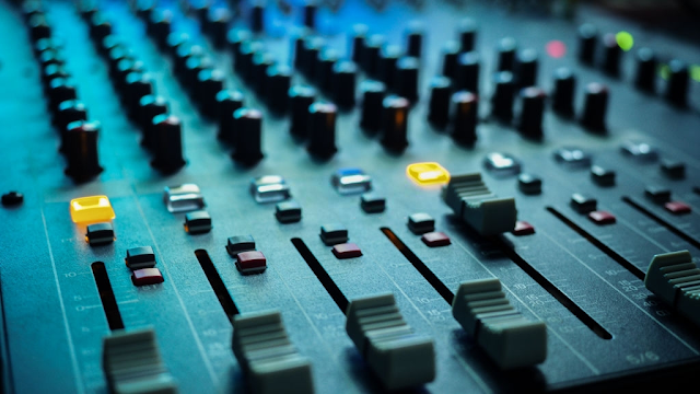 Things to Consider While Hiring an Audio-Video System