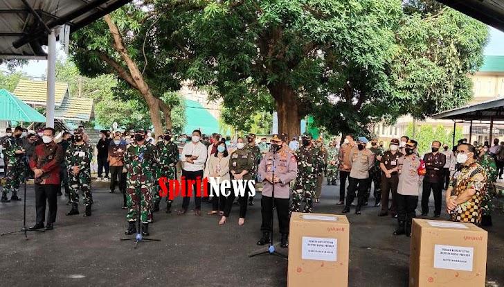 Panglima TNI dan Kapolri, Tinjau Pelaksanaan Isolasi Terintegrasi (Isoter) di Asrama Haji Sudiang Makassar