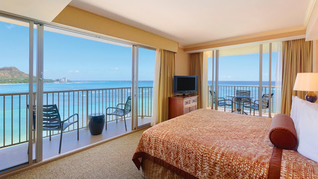 Escape to Oahu's Outrigger Reef Waikiki Beach Resort for beautiful ocean views, beachfront dining, a pampering spa, and authentic Hawaiian hospitality.