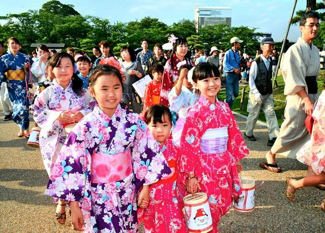 Yukata Matsuri (Japanese summer kimono) at Himeji Catsle, Hyogo Pref.