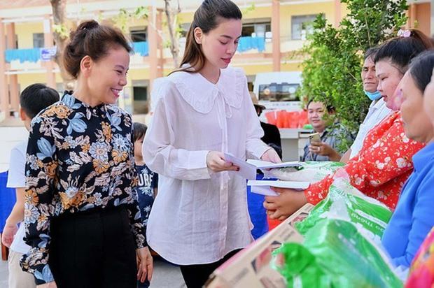 Hồ Ngọc Hà mang thai đôi với người tình Kim Lý sau 3 năm yêu nhau?
