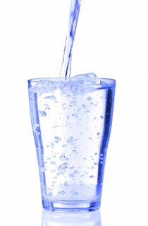 7 Manfaat Dahsyat Minum Air Putih Di Pagi Hari