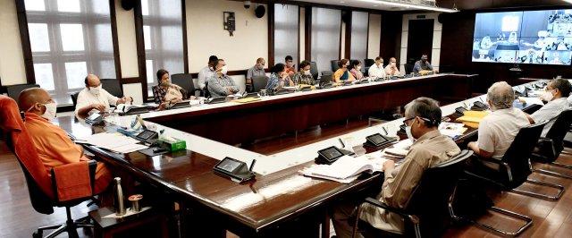 मुख्यमंत्री योगी ने 'राष्ट्रीय पोषण माह' के सम्बन्ध में आयोजित कार्यक्रम को सम्बोधित किया