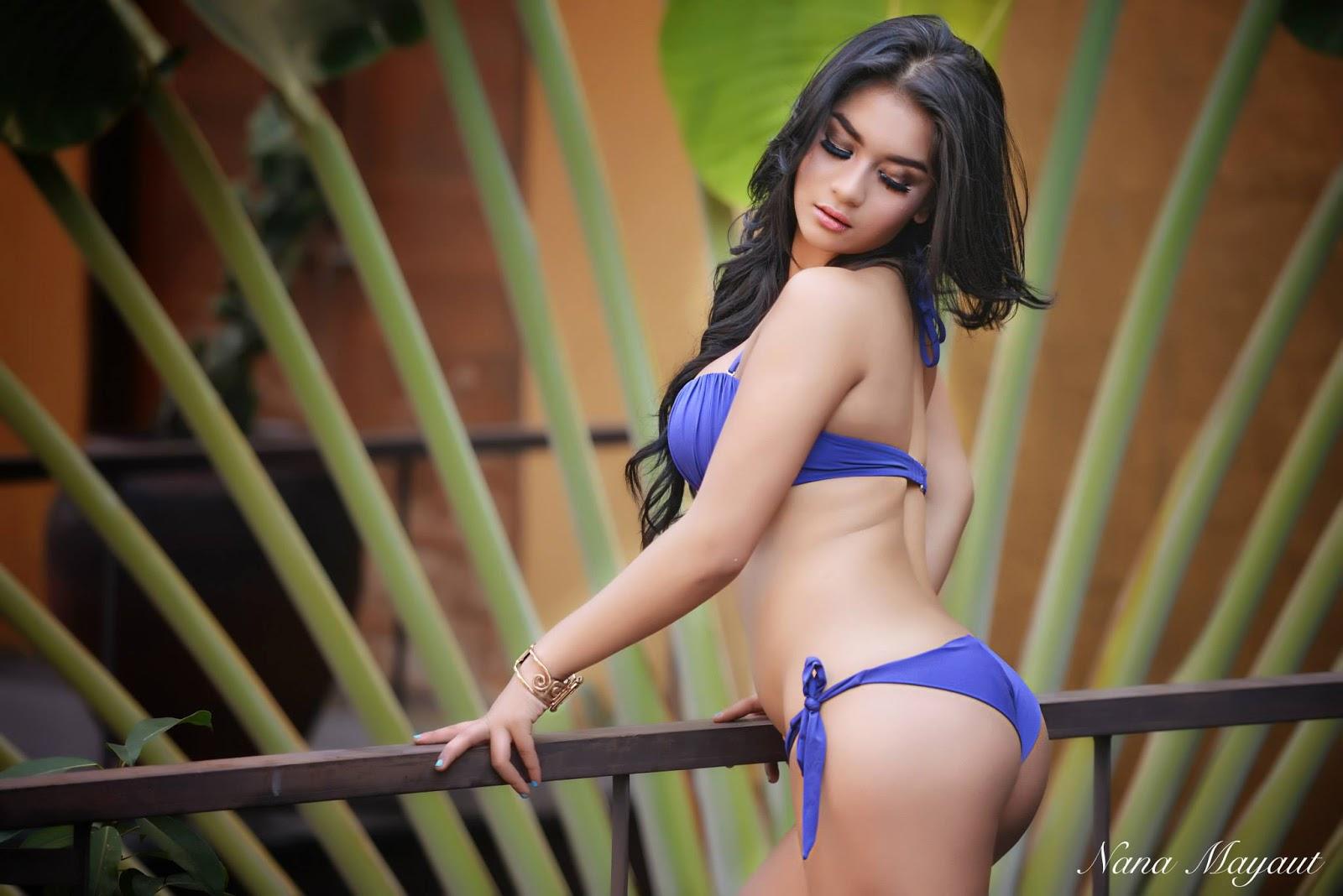 Sexy Nude Indonesian Girls