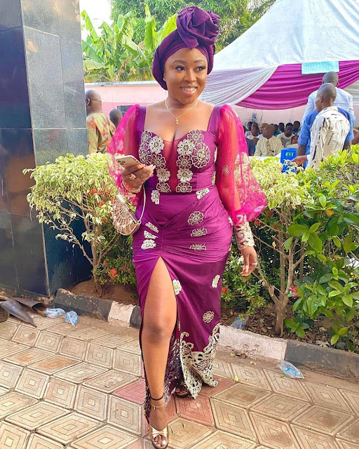 A Great Collection of Beautiful Asoebi Styles 2020