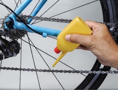tips-merawat-rantai-sepeda-dengan-pelumas-agar-awet