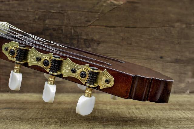 Como afinar o violão?