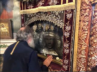 Στην γενέτειρά του Λέσβο ο Μητροπολίτης Ελευθερουπόλεως Χρυσόστομος για την βάφτιση της ανιψιάς του (PICS)