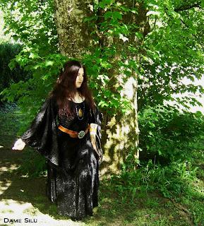 robe d'enchanteresse noire