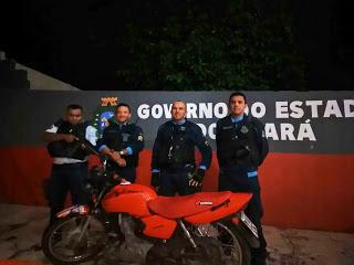 EM UBAJARA, MOTO É RECUPERADA PELA PM ALGUMAS HORAS DEPOIS DE TER SIDO ROUBADA