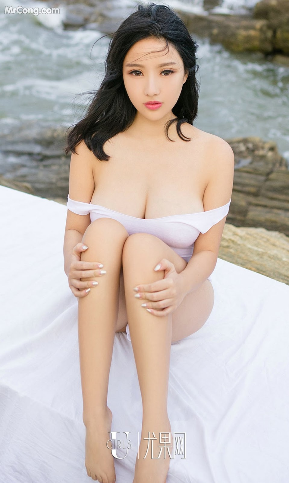 Image UGIRLS-Ai-You-Wu-App-No.864-Ni-Ye-Teng-MrCong.com-028 in post UGIRLS – Ai You Wu App No.864: Người mẫu Ni Ye Teng (倪叶藤) (40 ảnh)