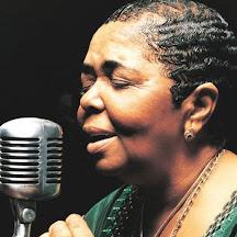 """""""Cize"""", Cesária Évora (1941-2011, cantora)"""
