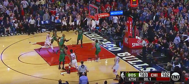 Controversial Finish in Chicago | Celtics vs Bulls (VIDEO)