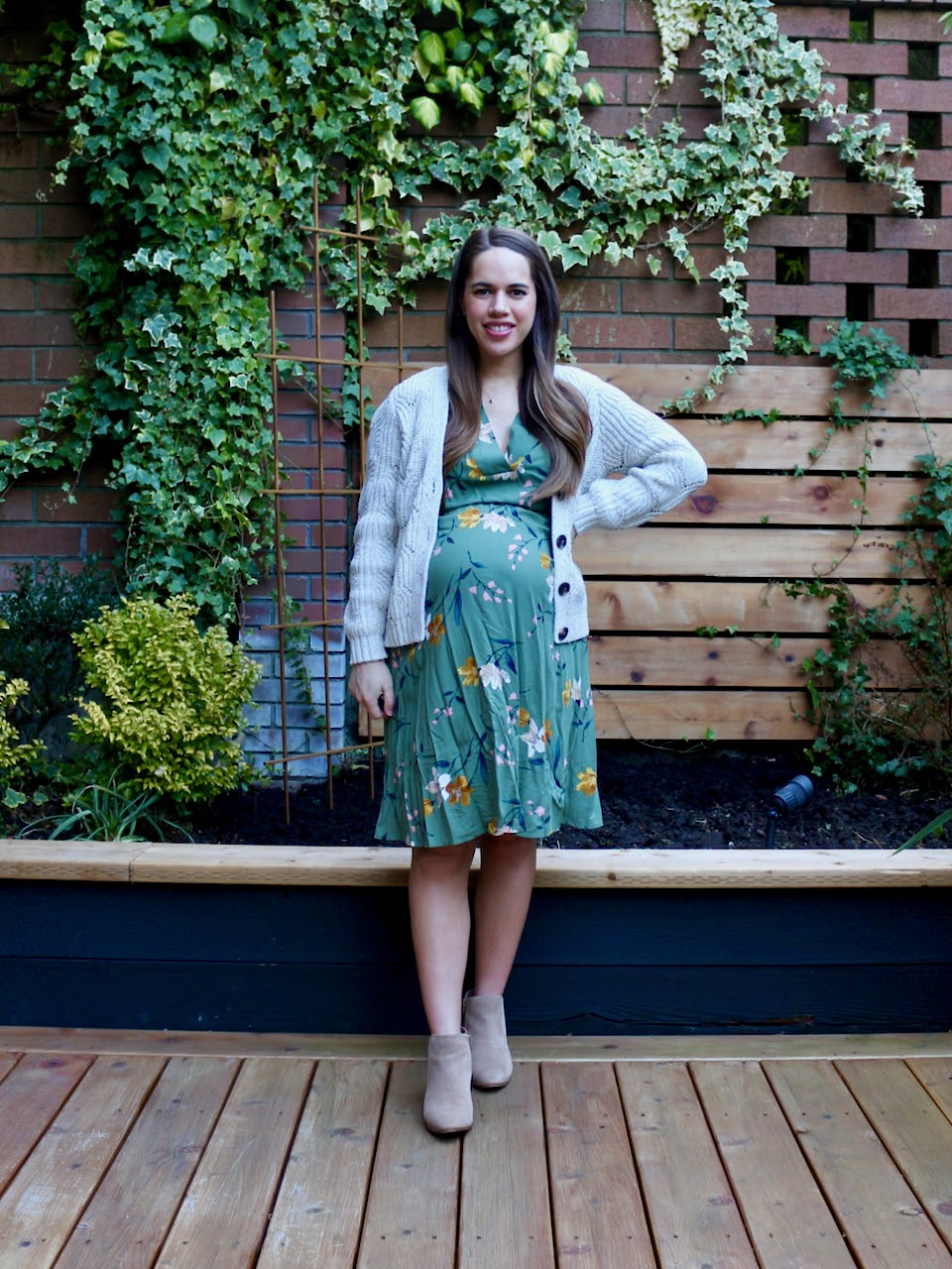 Jules in Flats - Waist-Defined Floral V-Neck Midi Dress (Business Casual Workwear on a Budget)