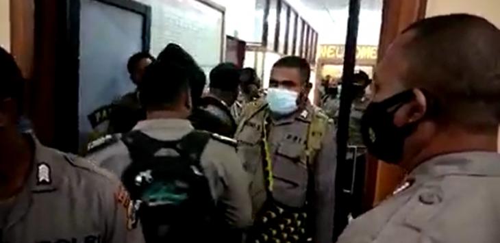Geger Puluhan Polisi Ramai-ramai Geruduk Polda Papua, Diduga Gak Terima Ada Tindakan Diskriminasi