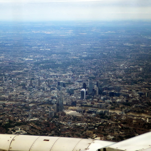 Flug Flugbild London City Innenstadt Walkie Talkie London Bridge The Shard the Gherkin