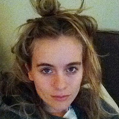 Cressida Bonas posted selfie without makeup in the campaign against cancer
