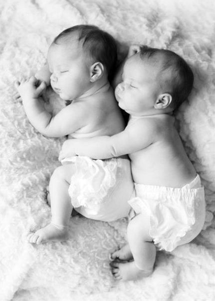Very Cute Newborn Twin Baby Picture