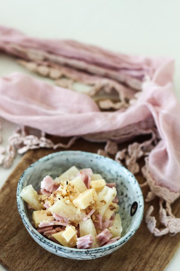 schneller Ananas-Käse-Schinken-Salat, Grillparty-Food,frischer Sommersalat