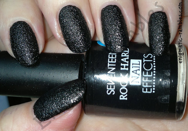 seventeen-17-rock-hard-nail-effects-black-textured-nail-polish