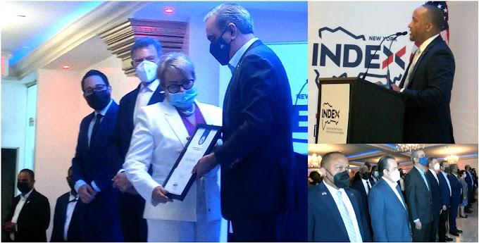 Abinader y director del INDEX en NY resaltan lucha, logros  y retos de la diáspora en entrega de reconocimientos