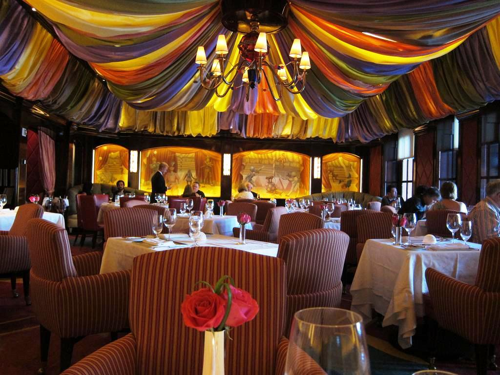 EATING LAS VEGAS - The 50 Essential Restaurants - 18. LE CIRQUE ...