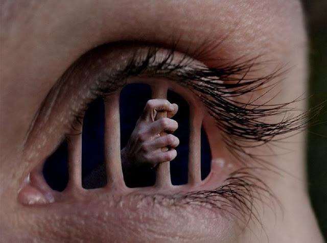 Reflexão Poesia visão limitada, opinião formatada, forjada, tolhida, íntima desconexão