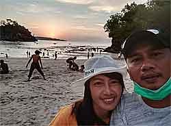 Matahari terbenam di Chrystal beach