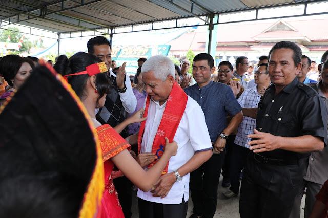 Bupati Asahan Hadiri Pesta Pembangunan Serbaguna dan Ulang Tahun ke-65 HKBP Desa Gajah