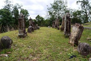 Komplek Makam Mahligai-Tombak Nagara
