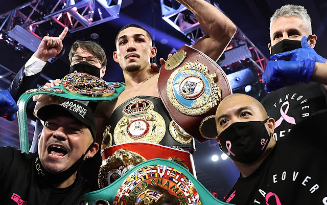 Teofimo Lopez defeats Vasily Lomachenko