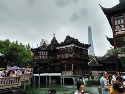 jardin yuyuan shanghai tower